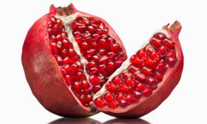 skin healthy foods pomegranata